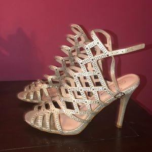 Shoes - Silver Prom/Special Occasion Shoes!